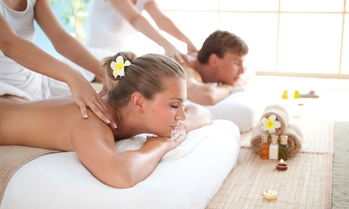 A beautiful Balance - Hyde Park Terrace: $84 for $199 Worth of Couples Massage Course at A beautiful Balance