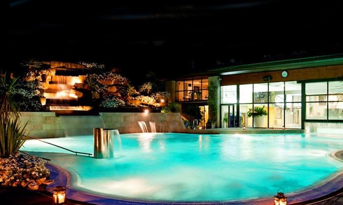 Liu Travel - Bagno di Romagna (FC): Bagno di Romagna, Ròseo Hotel Euroterme 4* -  2 notti per due in pensione completa e accesso a piscina termale da 199 €