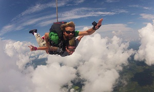South Carolina Skydiving: $139 for One Tandem Skydiving Jump at South Carolina Skydiving ($299.99 Value)