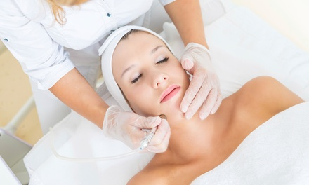 Diamond Microdermabrasion & Cleanse Package: 1 $39, 2 $75 or 3 visits $109 at Blaq Beauty Up to $315 Value