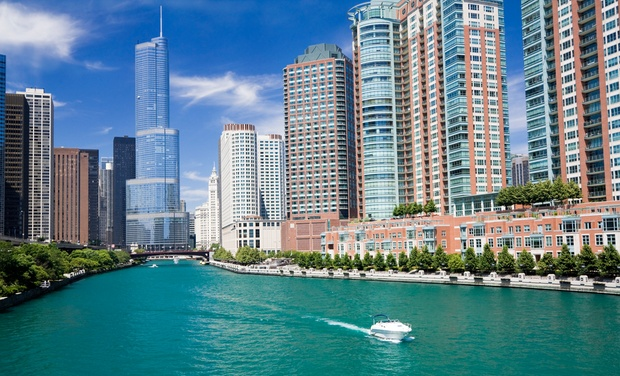 Hostelling International Chicago - Chicago, IL: Stay for Two at Hostelling International Chicago in Chicago, IL, with Dates into October