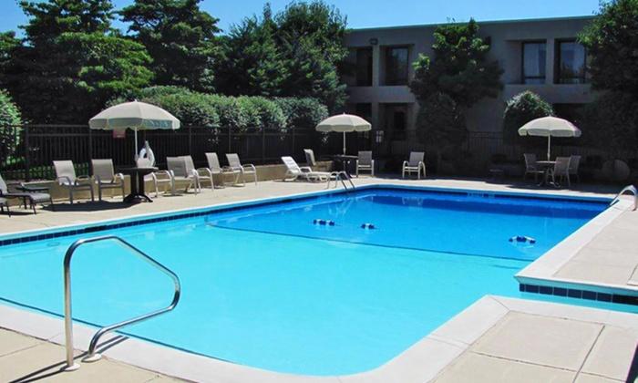 Clarion Inn Asheville Airport - Piedmont Triad: Stay at Clarion Inn Asheville Airport in Fletcher, NC