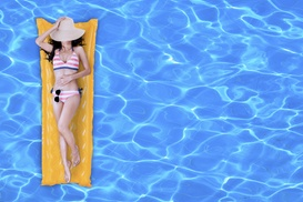 Absolut Pool Cleaning: Eight Weekly Full-Service Pool Cleanings at Absolut Pool Cleaning (90% Off)