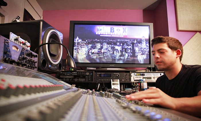 JAMBOX Entertainment Studios - Chelsea: Intro to Music Production Course for One or Two at JAMBOX Entertainment (Up to 62% Off)