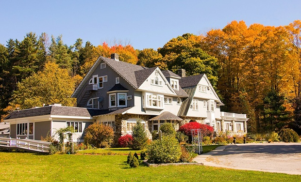 Hartness House - Springfield, VT: Stay with Dining Credit at Hartness House in Springfield, VT. Dates into October.