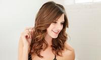 Haarschnitt und Stylen inkl. Intensivkur oder Naturfärben für alle Haarlängen bei bei Talea Naturkosmetik (50% sparen*)