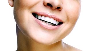 Agoura Advanced Dentistry: $79 for In-Office Zoom Teeth-Whitening Treatment at Agoura Advanced Dentistry ($200 Value)