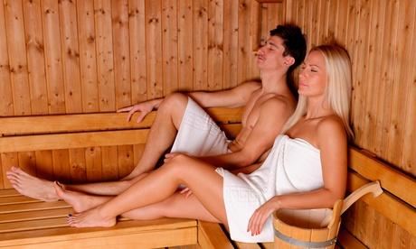 DaySpa für zwei Personen: 4 Std. Sauna inkl. 5 € Verrechnungsgutschein und Prosecco bei Milk und Honey (52% sparen*)