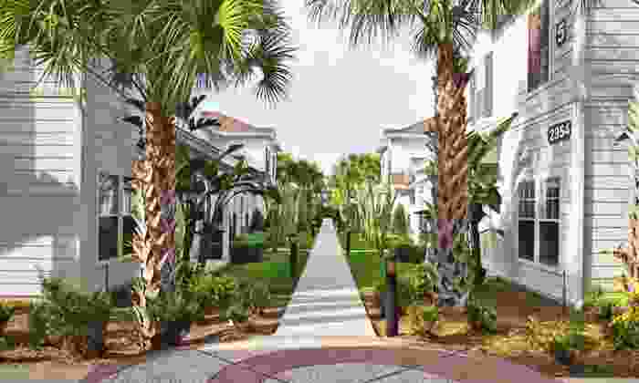 CND Holiday Homes - Orlando: 3- or 4-Night Stay in a Three- or Four-Bedroom Villa at CND Holiday Homes in Orlando, FL. Combine Up to 20 Nights.