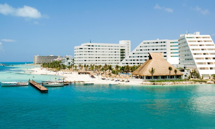 Grand Oasis Palm Resort - Cancún, Mexico: Three- or Four-Night All-Inclusive Stay at Grand Oasis Palm Resort in Cancún
