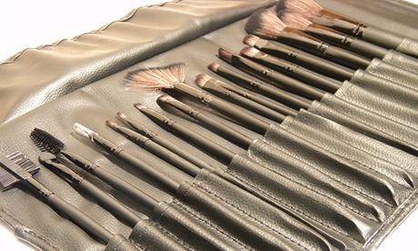 Set di 18 pennelli professionali per il trucco
