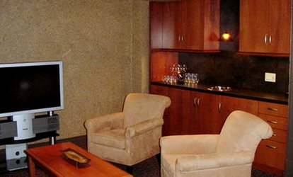 image for $450 for Natural-Fiber Wall Coverings for Up to 300 Sq. Ft from CK's Deco Wallcoverings (Up to $1,200 Value)