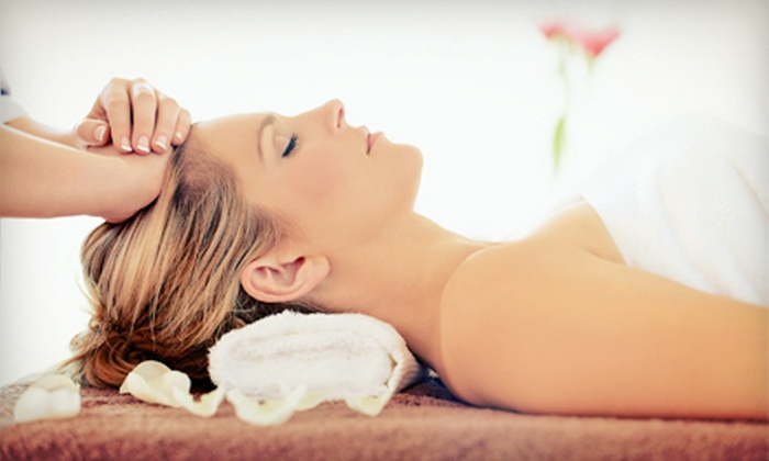 Nefertiti Spa - Thornhill: $69 for a Full-Body Relaxing Spa Package with Facial, Body Mask, and Massage at Nefertiti Spa ($320 Value)