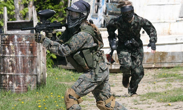 Paintball Commando Rive-Sud - Sainte-Julie: All-Day Paintball Package with 100 balls for 1, 2 or 4 at Paintball Commando Rive-Sud (Up to 58% Off)