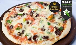Trattoria do Guto: Trattoria do Guto - Centro: 1 ou 2 pizzas especiais grandes