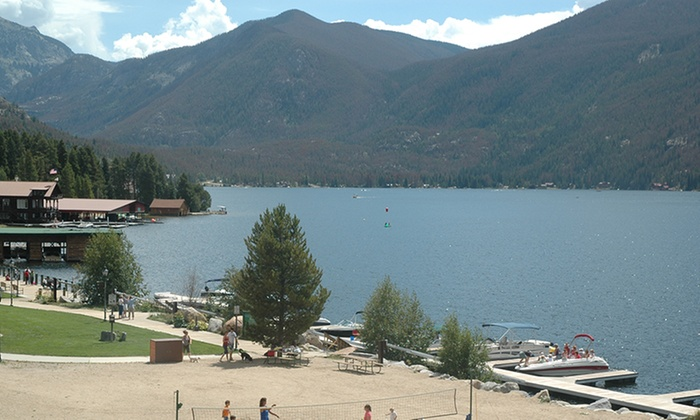 Cabins and Lakeside Rooms in the Rockies