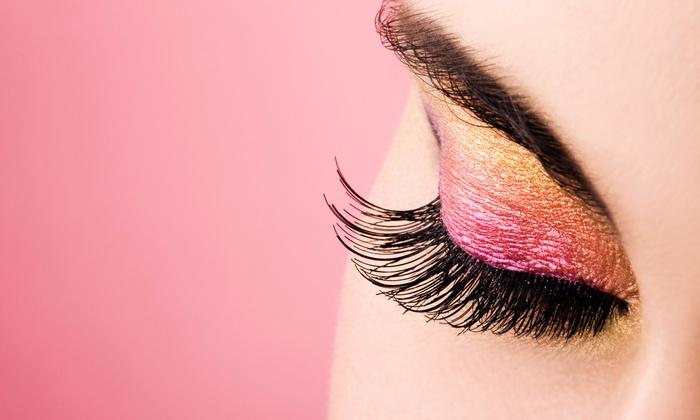 how to use eyelashes