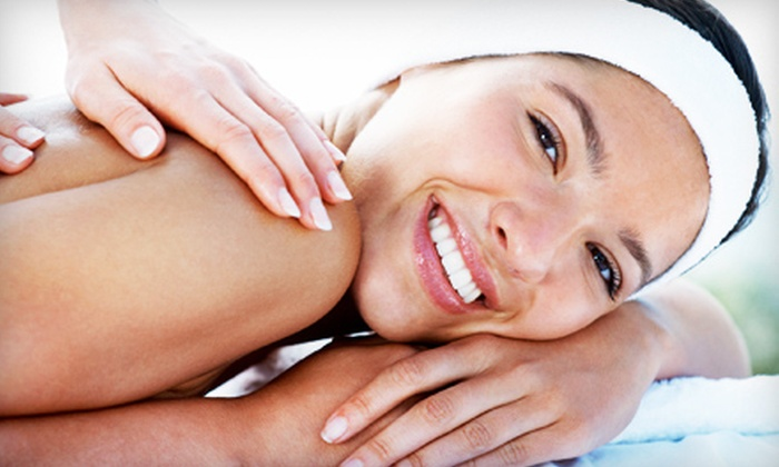 Massage Advantage - Multiple Locations: $39 for a Stress-and-Pain Review and 60-Minute Massage at Massage Advantage ($99 Value)