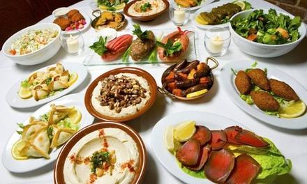 Assortiment de 10 plats à partager (Mezzés) + Desserts & Boissons chaudes OU 2 menus Cèdre à 39,90€ au Relais du Liban