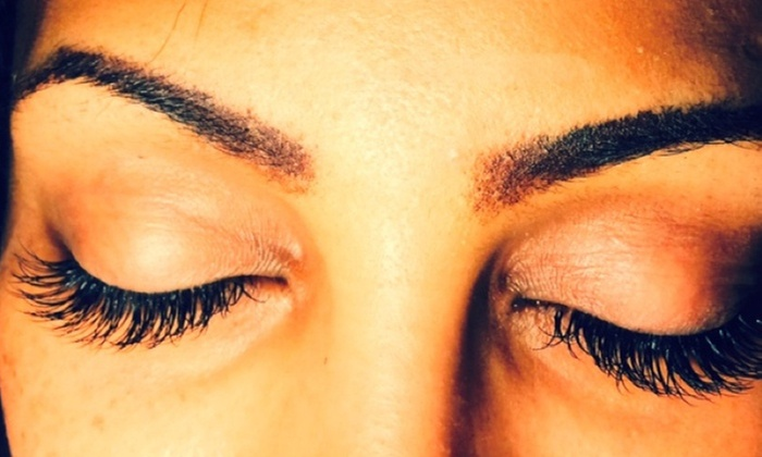 Lashtopia - Downtown San Leandro: Full Set of Eyelash Extensions at LashTopia (50% Off)