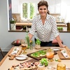 32% Off Stacked: Sandwiches and Sides with Tiffani Thiessen