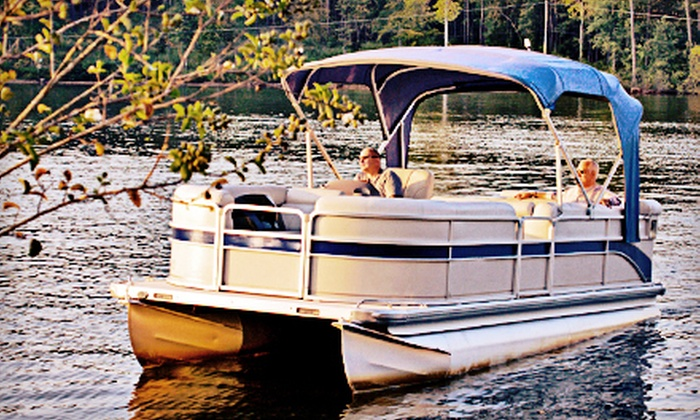 Eisenhower Yacht Club - Denison: Four- or Eight-Hour Weekday or Weekend Pontoon-Boat Rental from Eisenhower Yacht Club in Denison (Up to 55% Off)