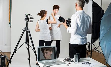 90 oder 120 Minuten individuelles Fotoshooting inkl. Make-up, Poster und Abzügen im Fotostudio Ay (bis zu 83% sparen*)