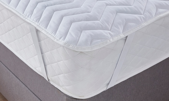 top-rated-deal-icon         Top Rated Deal                                                                                                                                                                                                                                                                                                                                                                                                                       Silentnight Deep Sleep Mattress Protector for £13.99