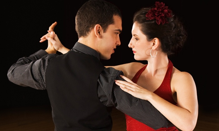 Dine 2 Dance - Mandarin Station/Losco: $149 for a Private Nighttime Dance Class for Two with Wine and Food at Dine 2 Dance ($299 Value)