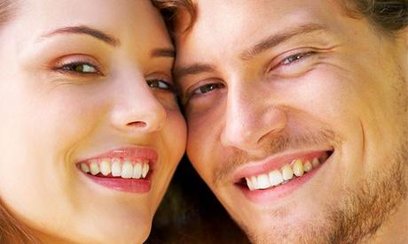 1 o 2 implantes dentales de titanio con corona de porcelana y limpieza bucal completa postratamiento desde 549 €