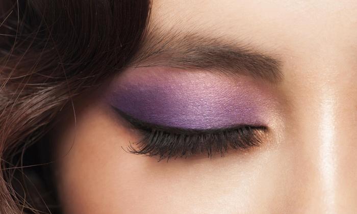 Luxury Beauty Bar - Luxury Beauty Bar: Three-Hour Makeup Class at Luxury Beauty Bar (45% Off)