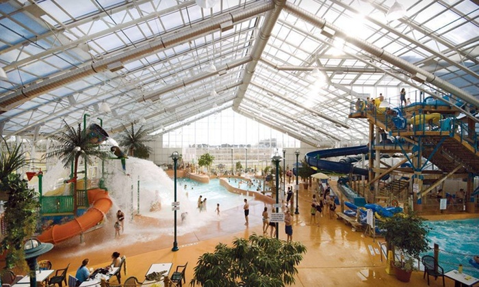 Americana Resort and Waves Indoor Waterpark - Niagara Falls: One- or Two-Night Stay with Dining and Arcade Credits at Americana Resort and Waves Indoor Waterpark in Niagara Falls, ON