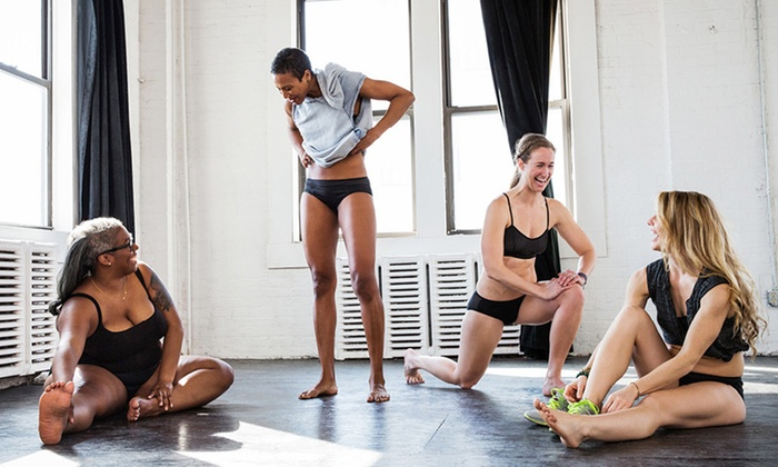 Dear Kate: Women's Underwear and Athletic Clothes from Dear Kate (51% Off). Two Options Available.