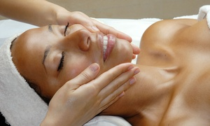 Spencer and Co: Signature or Pumpkin-Enzyme Facial at Spencer and Co (Up to 59% Off)
