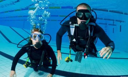 Bautismo de buceo en piscina para una o dos personas desde 14 € en Deep Diving