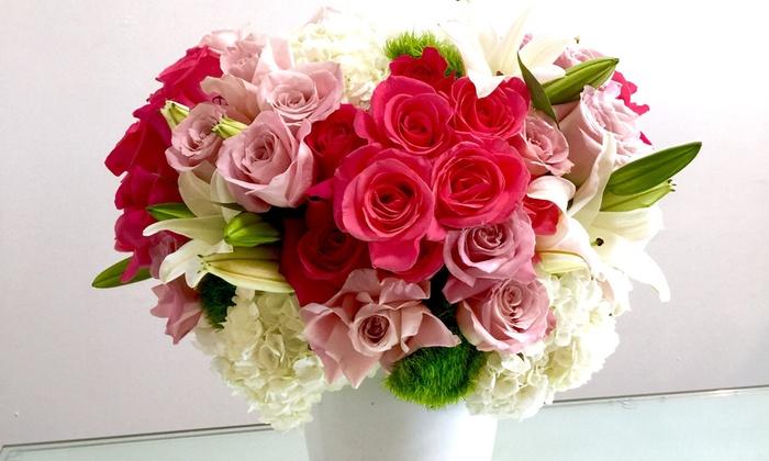 LA Premier Flowers - LA Premier Flowers: $65 for $100 Worth of Flower Arrangements at LA Premier Flowers