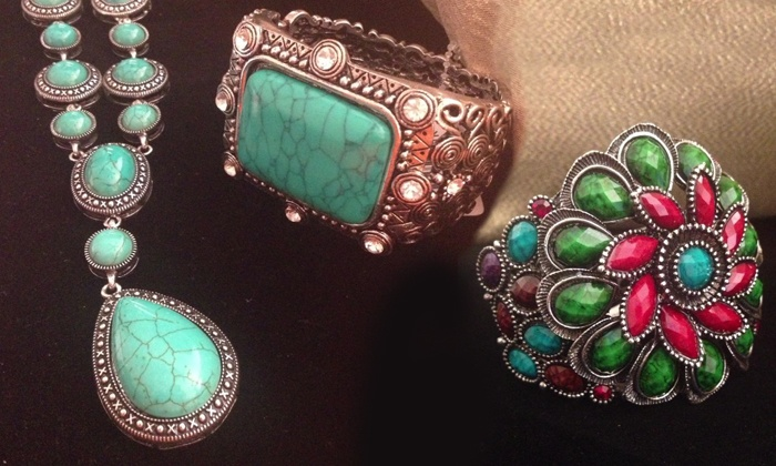Nik's Boutik - Mableton (10 min outside Atlanta): $22 for $40 Worth of Jewelry and Clothing at Nik's Boutik