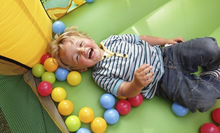 Woopahoo - Kortrijk: Dagtoegang voor twee kinderen tot indoor speeltuin Woopahoo