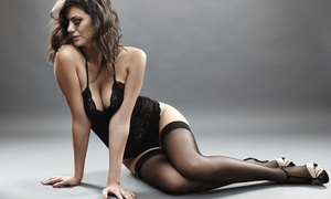 Icona Photo: 60-Minute Boudoir Photo Shoot with Retouched Digital Images from Icona Photo (45% Off)