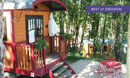 Gers: 1 ou 2 nuits en roulotte ou en carré détoiles avec petits déjeuners, sauna et jacuzzi au Domaine dEscapa pour 2
