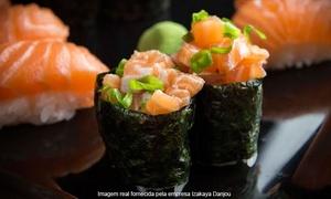 Izakaya Danjou: Izakaya Danjou Japanese Pub – Floresta: combinado com 20 peças de sushi e sashimi + gyoza e karaage para 2 ou 4 pessoas