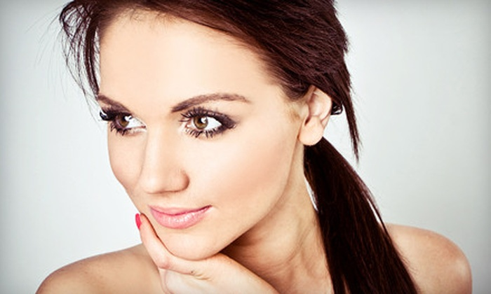 Joli Visage Clinique - Jolie Visage Clinique: One Signature, Vitamin E, Oxygen Hydrobar Cell Infusion, or 24-Karat Gold Facial at Joli Visage Clinique (Up to 62% Off)