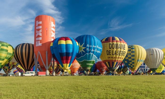 Ballonvaarten Dirk Lyssens - Denderleeuw: Ballonvaart en après ballooning inclusief champagne bij Info-ballonvaarten met meerdere opstapplaatsen in België
