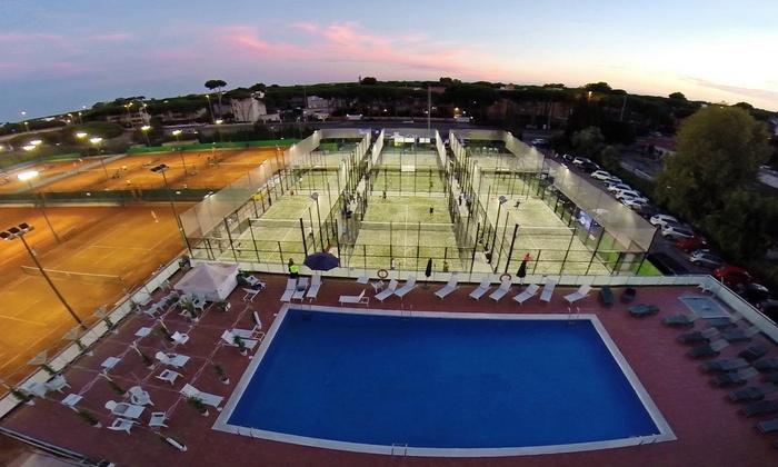 Acceso a gimnasio y piscina andr s gimeno groupon for Piscina y gimnasio