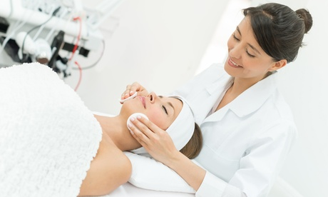 One or Three Dermaplaning Treatments at Advanced Medical Aesthetics (Up to 45% Off) cba0b0f8-beb4-4e71-a594-125ec8ea9ee7
