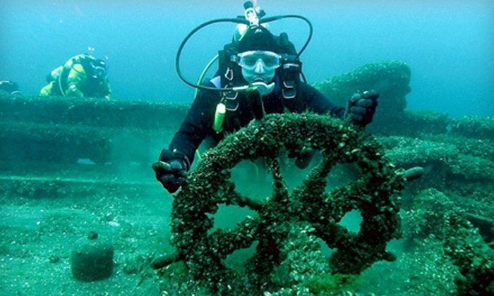 Green Bay Scuba LLC - Green Bay: $197 for One Open-Water Group Scuba Class at Green Bay Scuba LLC ($395 Value)