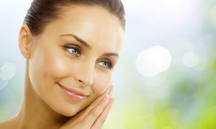 D'amantes Salon - D'amantes Salon: One or Three Summertime-Cleanse Facials at D'amantes Salon (Up to 56% Off)