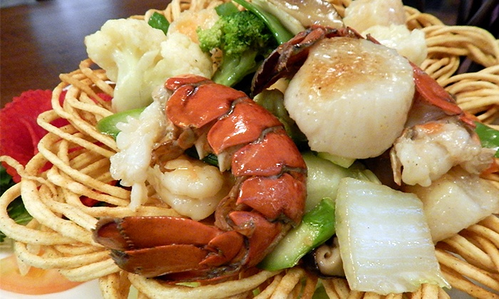 John Holly's Asian Bistro - South Downing: $13 for $20 Worth of Chinese, Thai, and Sushi at John Holly's Asian Bistro