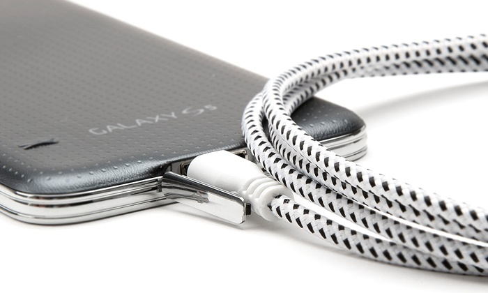 2-Pack of 10Ft. Charge-and-Sync USB Bungee Cables: $15 for a 2-Pack of 10Ft. Charge-and-Sync USB Bungee Cables ($78 Value)