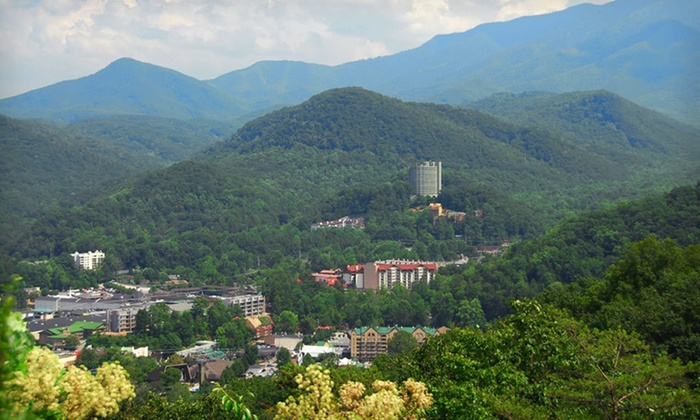 Brookside Resort - Gatlinburg, TN: One- or Two-Night Stay with Option for Lift Tickets at Brookside Resort in Gatlinburg, TN. Four Options Available.